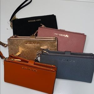 NWT Micheal Kors leather large double zip wristlet